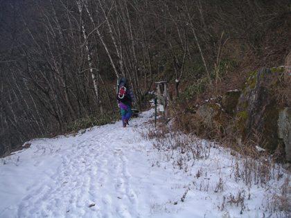 空木岳2011,12冬山合宿 003