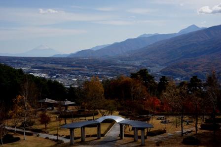 永明寺山公園より富士山と甲斐駒