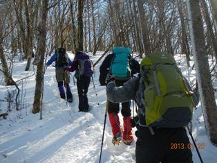 真富士神社から第一真富士山へ 積雪20cm