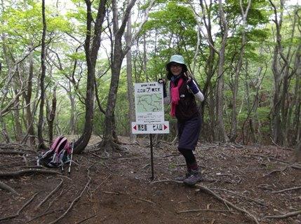 雨乞岳2013、5、26 009