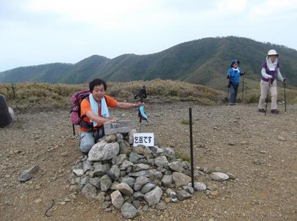 雨乞岳2013、5、26 012