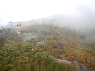 霧の中クリヤの頭への急登
