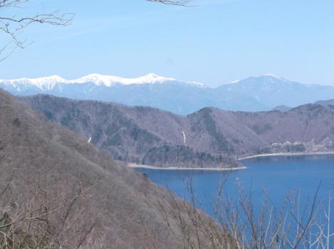 山梨竜ヶ岳2014,4,12 010