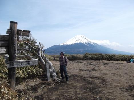 山梨竜ヶ岳2014,4,12 035