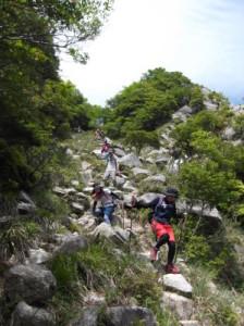 鎌ヶ岳2015、5,30 025