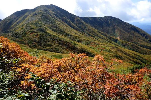 11 南方の1508m峰