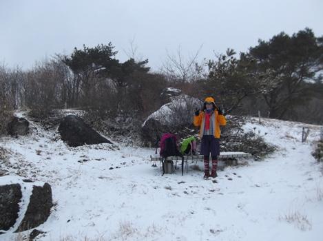 碁盤石山2015,3,8 006